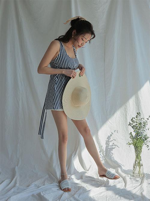 5 kiểu dép mát mẻ hot trend giải cứu những ngày hè nóng bức - 4