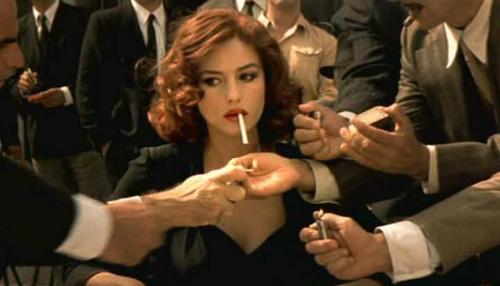 Bộ phim khai sinh ra nữ thần sắc đẹp khiến đàn ông thèm khát