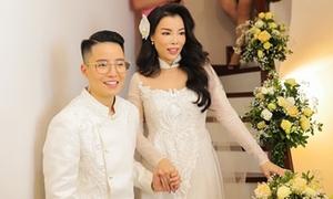 'Hot boy chuyển giới' Tú Lơ Khơ làm đám cưới ngọt ngào