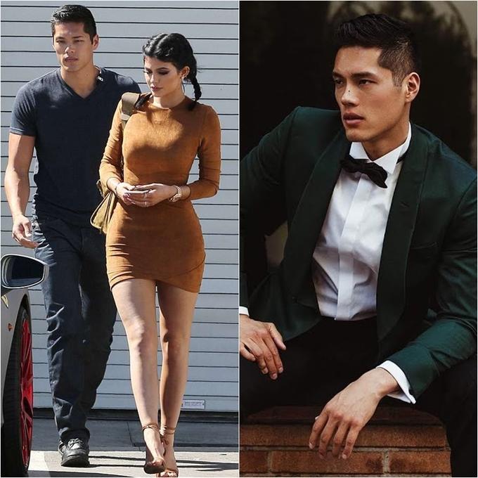 <p> <strong>Vệ sĩ của Kylie Jenner</strong><br /><br /> Tim Chung là thành viên Sở cảnh sát Los Angeles kiêm vệ sĩ của gia đình Kardashian. Trước khi sát cánh cùng Kylie Jenner, anh từng có thời gian làm việc cho cô chị Kim và bà mẹ Kris Jenner. Khuôn mặt điển trai và body không thua kém người mẫu đã giúp Tim được chú ý trong giới showbiz. Anh từng chụp hình quảng cáo cho một số nhãn hiệu như Black Tux, Wolf & Shepherd, Volvo…</p>