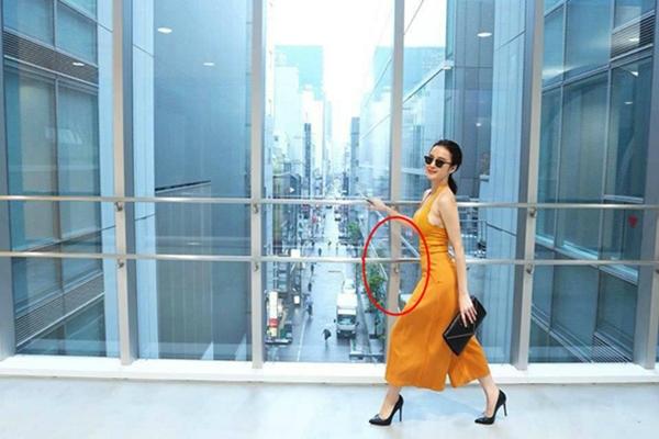 Cười méo miệng với loạt ảnh photoshop quá tay của Angela Phương Trinh - 2