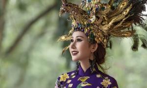 Chi Nguyễn mang quốc phục 20 kg đến Miss Asia World 2018