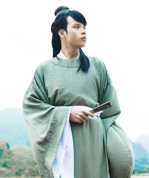 Hình tượng cổ trang trong MV mới của Jaykii.