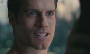 Cảnh xóa râu trị giá 568 tỷ khiến Superman thành trò cười trong 'Justice League'