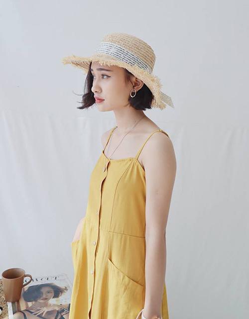 Kiểu mũ này thích hợp với những nàng theo đuổi phong cách trẻ trung, đáng yêu, mang đậm hơi hướng Hàn, Nhật.