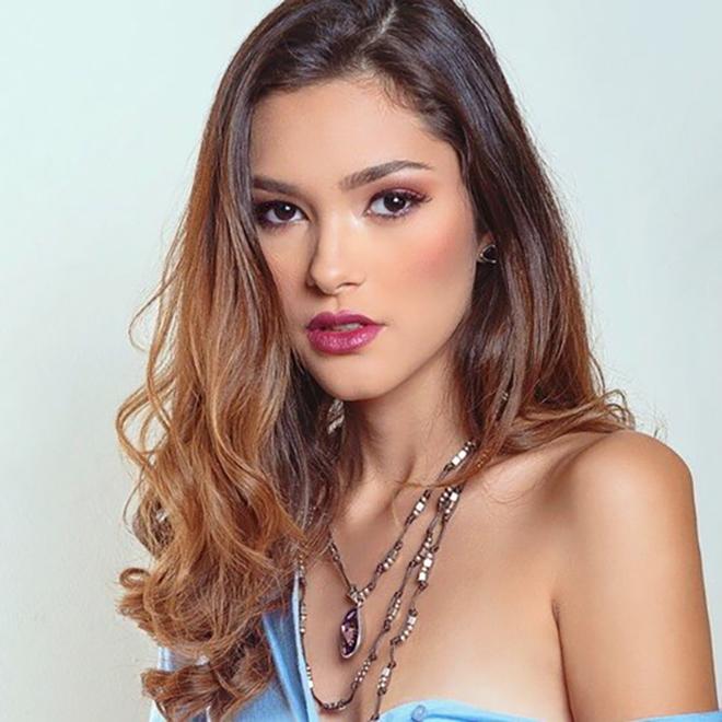<p> Fatima Cuellar đến từ El Salvador.</p>
