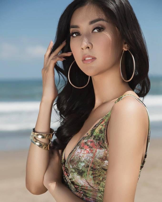 <p> Kevin Lilliana của Indonesia. Cô là Hoa hậu Quốc tế đầu tiên tại đất nước này.</p>