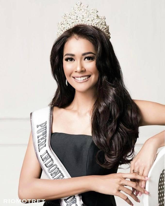 <p> Bunga Jelitha, Indonesia, là một trong những gương mặt được yêu thích tại cuộc thi Hoa hậu Hoàn vũ 2017.</p>