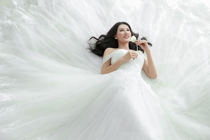 <p> Điều khiến Trang Trần hạnh phúc nhất là dù chồng đi làm việc xa, cô luôn nhận được sự hỗ trợ, yêu mến từ mẹ chồng.</p>