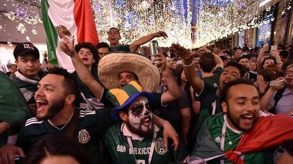 Sau động đất, CĐV Mexico còn gây náo loạn cho chính đội nhà - 1