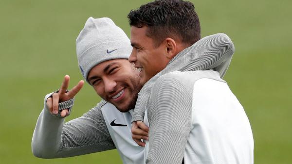 Thiago và Neymar từng có khoảng thời gian thân thiết ở PSG.