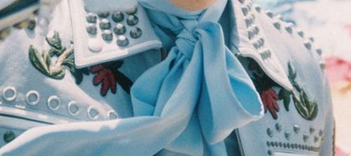 Đoán thành viên BTS chỉ qua trang phục, phụ kiện - 5