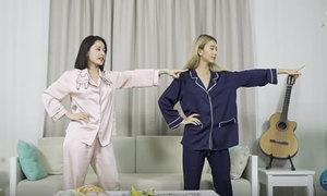 Chi Pu dạy Quỳnh Anh Shyn nhảy 'Đóa hoa hồng'