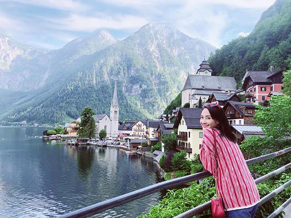 Bảo Thanh tránh nóng Hà Nội bằng chuyến đi chơi dài ngày vi vu khắp các nước châu Âu.