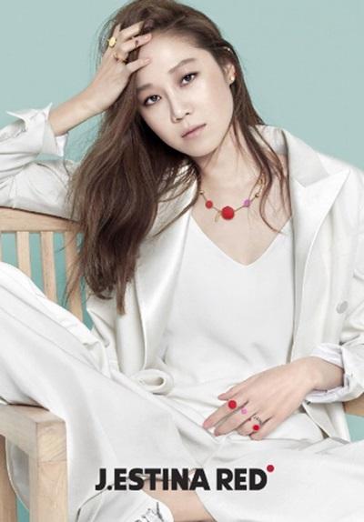 Fan thông thái có biết sao nữ Hàn này là ai? - 6