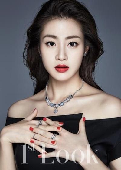 Fan thông thái có biết sao nữ Hàn này là ai? - 8