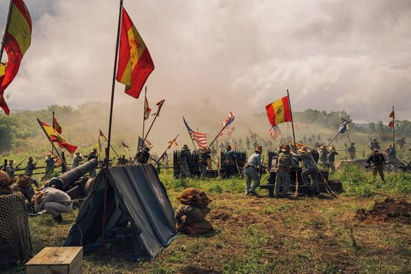 Phim không tiếc tiền đầu tư cho những cảnh chiến tranh hoành tráng.