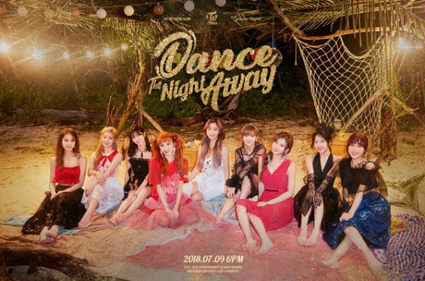 Teaser album mới của Twice.