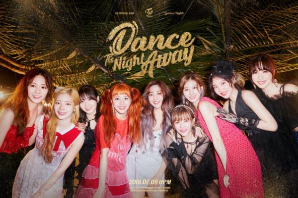 Tạo hình mới của Twice nhận được nhiều lờikhen ngợi.