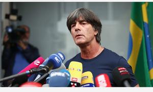 Bại trận, tuyển Đức rầu rĩ về nước, xin lỗi cả dân tộc