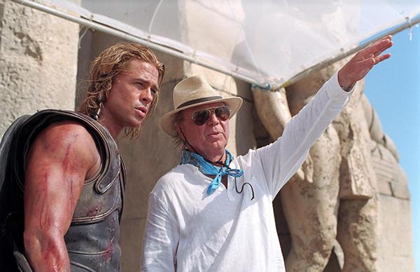 Tai nạn trùng hợp khó tin của Brad Pitt khi đóng phim Troy - 2