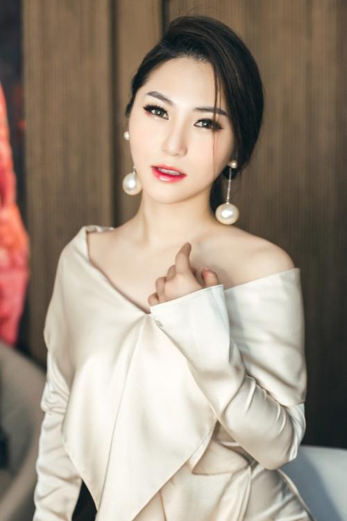 Hình ảnh của Hương Tràm trong MV mới nhất.