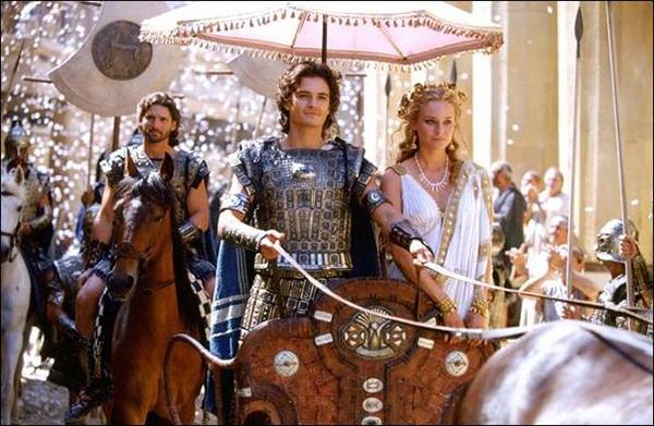 Tai nạn trùng hợp khó tin của Brad Pitt khi đóng phim Troy