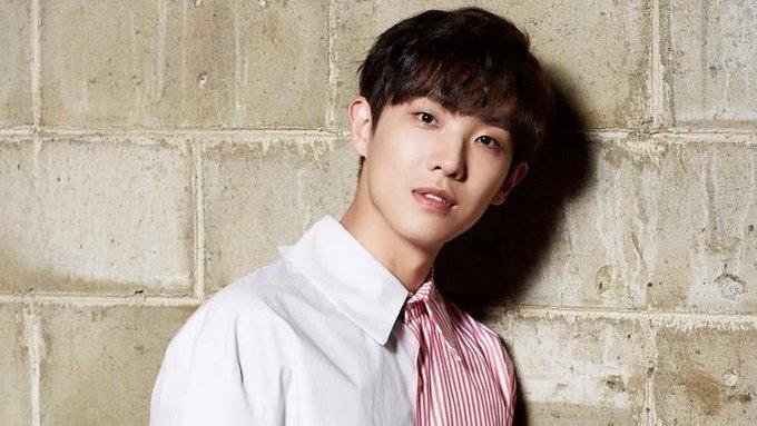 <p> <strong>Lee Joon (Cựu thành viên nhóm MBLAQ)</strong>: Nam diễn viên tài năng, cựu thành viên nhóm nhạc MBLAQ cũng là một chàng trai sinh năm 1988. Những năm MBLAQ còn hoạt động, Lee Joon được biết đến với vai trò là vocalist và dancer chính của nhóm. Anh cũng từng tham gia một số bộ phim và được công chúng khen ngợi về khả năng diễn xuất như <em>Gap dong, My Father is Strange, Vampire Detective...</em></p>