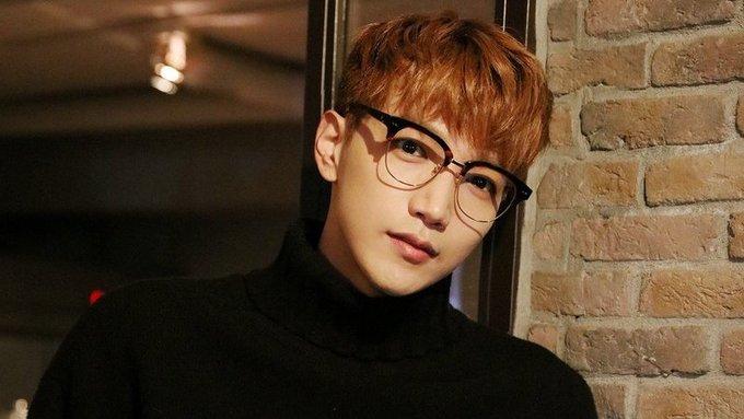 <p> <strong>Jun. K (2PM)</strong>: Giọng ca chính của 2PM cũng là một chàng trai tuổi Rồng nổi tiếng. Anh sinh ngày 15/1/1988, là một ca sĩ và cũng là người sáng tác tài năng. Anh là nhạc sĩ sáng tác nhiều ca khúc nhất tại công ty JYP chỉ sau Park Jin Young. Jun.K cũng đã phát hành nhiều album solo bằng tiếng Hàn và tiếng Nhật trước khi tham gia nghĩa vụ quân sự.</p>