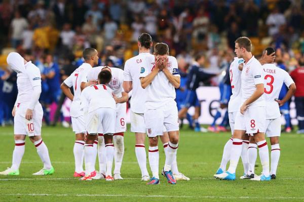 Tuyển Anh luôn thi đấu bết bát tại các giải đấu lớn vì thiếu bản lĩnh.