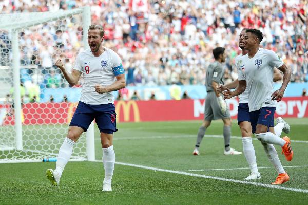 Harry Kane (số 9) đã có cho mình 5 bàn thắng tại World Cup lần này