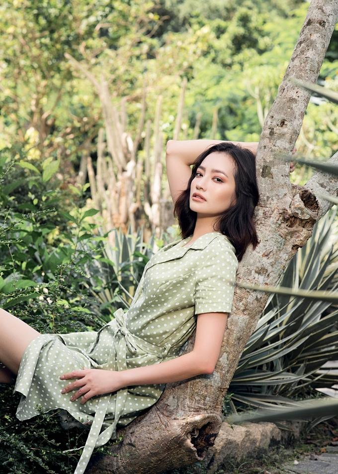 """<p> Bật mí về hoạt động sắp đến Trúc Diễm cho biết sẽ trở lại với vai trò người mẫu trong chương trình """"Dạo bước trên mây"""" của đạo diễn Long Kan.</p>"""