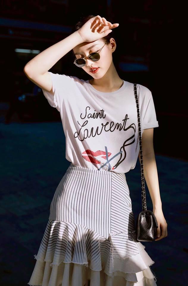<p> Khánh Linh thường có cách mix & match sành điệu, cá tính, bắt kịp xu hướng.</p>
