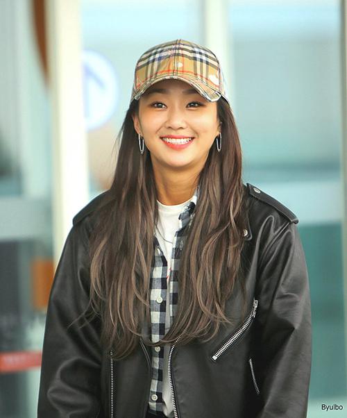 Nhờ chất giọng trời phú, Hyorin vẫn dễ dàng thành công với nhóm Sistar và trở thành một trong những giọng ca nội lực nhất Kpop. Hiện cô nàng tập trung vào sự nghiệp solo.