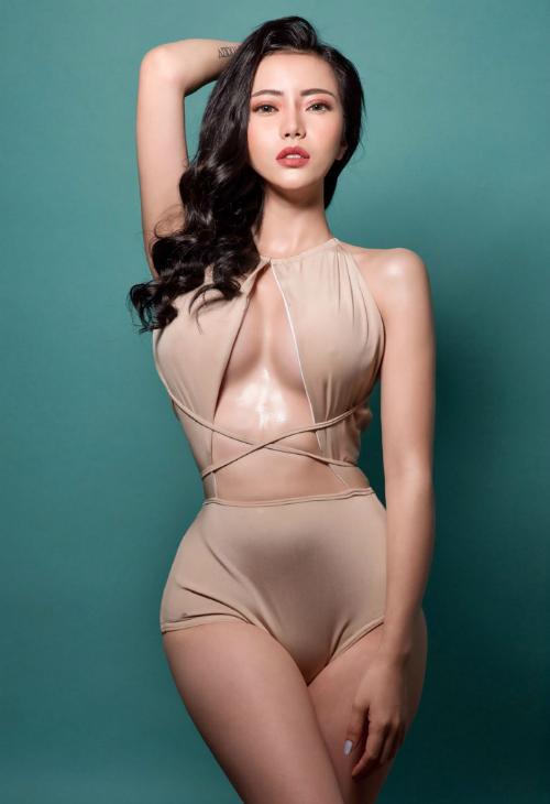 Kim Thành: Tôi sexy có thần thái chứ không hở hang, dung tục