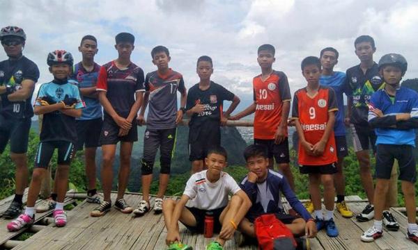 Đội bóng nhí Thái Lan.