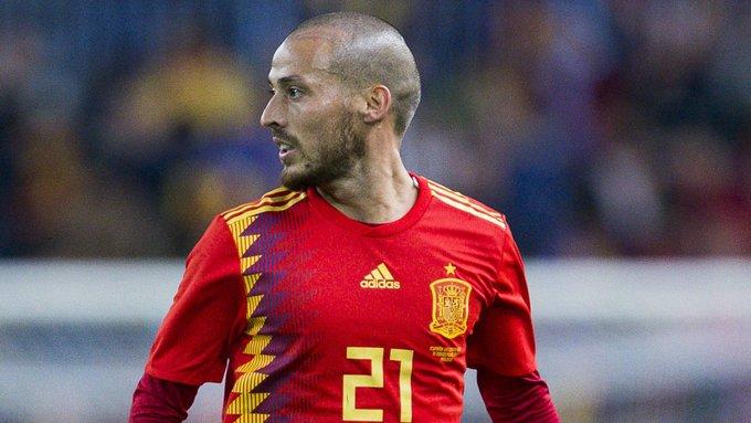 """<p> <strong>David Silva (ĐT Tây Ban Nha):</strong></p> <p> 4 năm nữa, """"nhạc trưởng"""" của Manchester City đã 36 tuổi. Ở độ tuổi bên kia sườn dốc sự nghiệp như thế, thật khó để Silva có thể tiếp tục đồng hành cùng ĐT Tây Ban Nha thi đấu ở Qatar 2022.</p>"""
