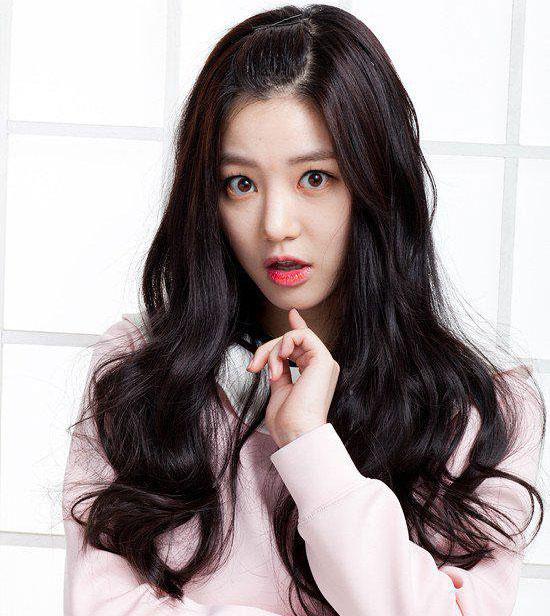 Fan thông thái có biết sao nữ Hàn này là ai? (3) - 2