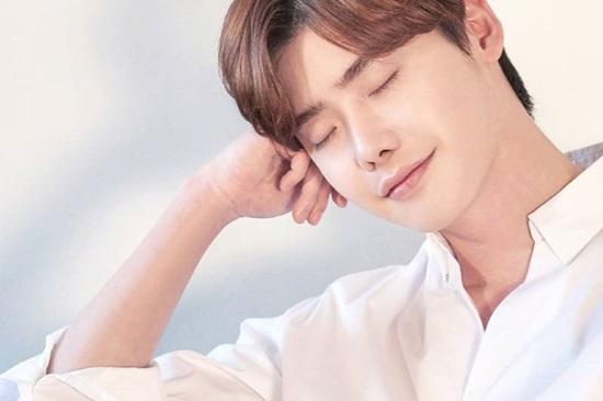Bạn hiểu bao nhiêu về Lee Jong Suk? - 8