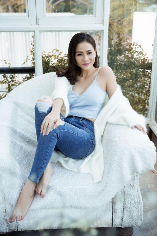 Thu Minh vừa chính thức giới thiệu single mới mang tên Sống như ta 20 - Forever 20 (sáng tác Dương Khắc Linh ft Trang Pháp), đánh dấu sự trở lại sau một thời gian dài dành thời gian để chăm sóc gia đình nhỏ.