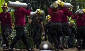 Thái Lan bắt đầu chiến dịch giải cứu đội bóng nhí