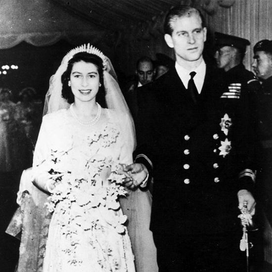 Bí mật ít ai biết về các món đồ trang sức của Hoàng gia - 2