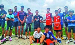 13 thành viên đội bóng Thái Lan đã được giải cứu an toàn