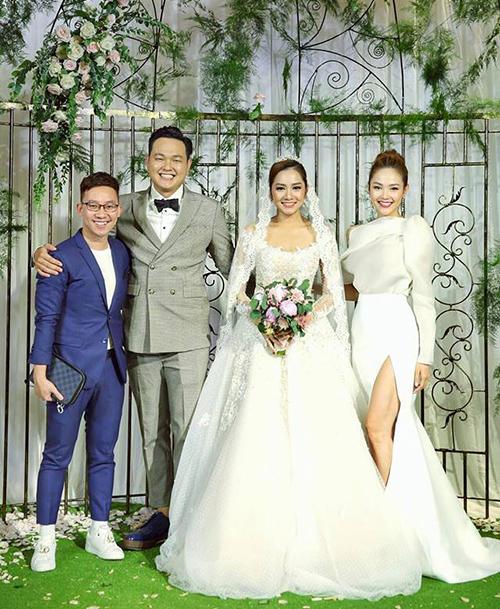 Minh Hằng xinh đẹp như công chúa trong ngày lập gia đình của em trai.