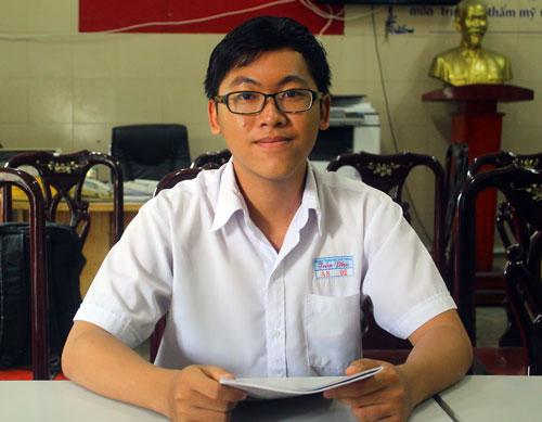 Nguyễn Trần Công Đạt là một trong 2 thí sinh đạt được 10 trên cả nước.