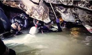 Hải quân SEAL lần đầu kể chi tiết về cuộc giải cứu trong hang Tham Luang