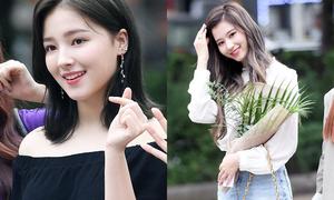 'Thiên thần lai' lấy lại phong độ, đọ dáng cùng Twice ở Music Bank