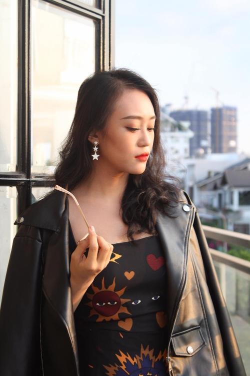 Nói về việc tham gia một số show hẹn hò gần đây, Kim Anh cho biết muốn tìm kiems những trải nghiệm mới, mở rộng mối quan hệ trong công việc và cuộc sống.