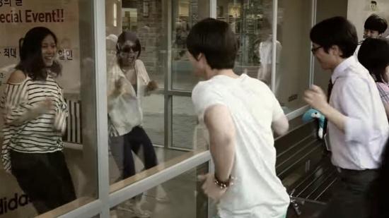 Fan ruột đoán MV Kpop chỉ qua một cảnh quay - 5