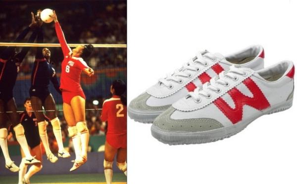 Vận động viên bóng chuyền nữ Trung Quốc đi giày Feiyue tại Thế vận hội mùa hè 1984 ở Los Angeles.